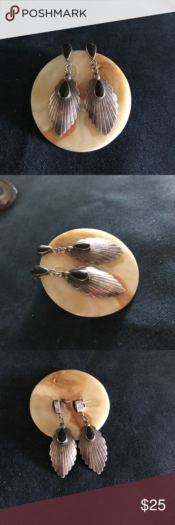 Old Pawn Sterling Silver and Onyx Earrings Vintage Old Pawn Sterling silver and Onyx Earrings.                       Not signed but have been tested to confirm it is Sterling.             If you don't like my price make me a offer! Jewelry Earrings