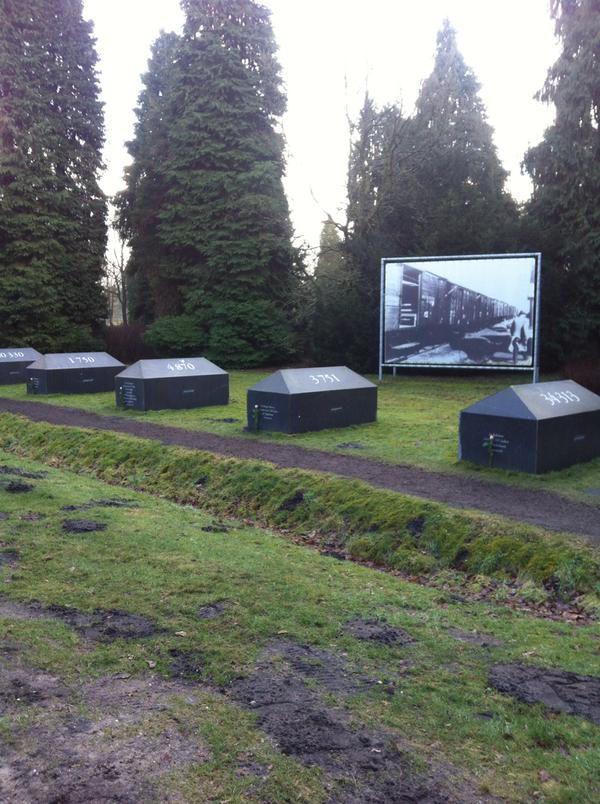 De tekens van Westerbork bij Kamp Westerbork https://www.fijnuit.nl/1136/kamp-westerbork