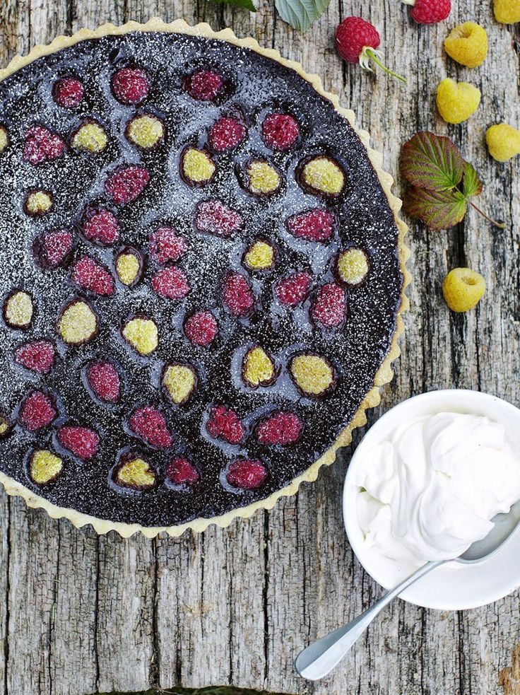 Chocolate & raspberry tart 495 calories per serve