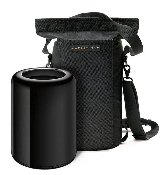 "Mac Pro Go Case | Christoper T: ""Love this bag… the plush interior is a nice touch, as is having both a hand carry strap and a a shoulder strap."" 