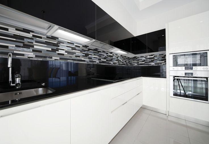 Grey Backsplash Gray Floor And Glass Walls On Pinterest