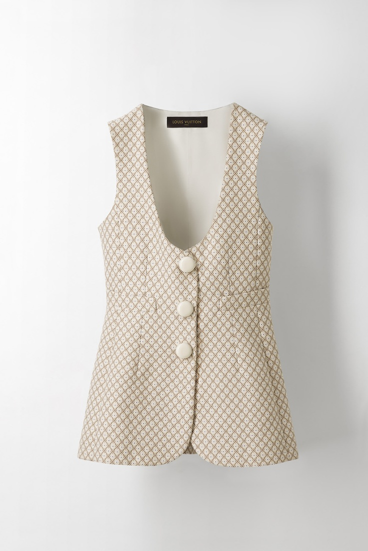 Kim Hersov gives advice on how to mix and match Louis Vuitton looks for a summer day in the city with this long waistcoat jacket from the Cruise 2013 collection.