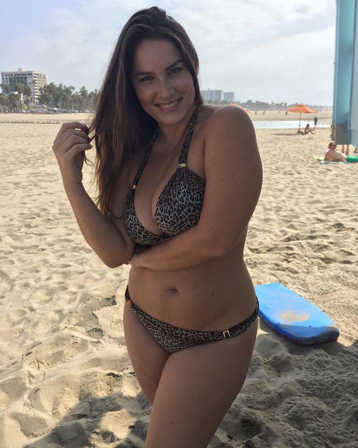 mature-sweet-bikini-girls
