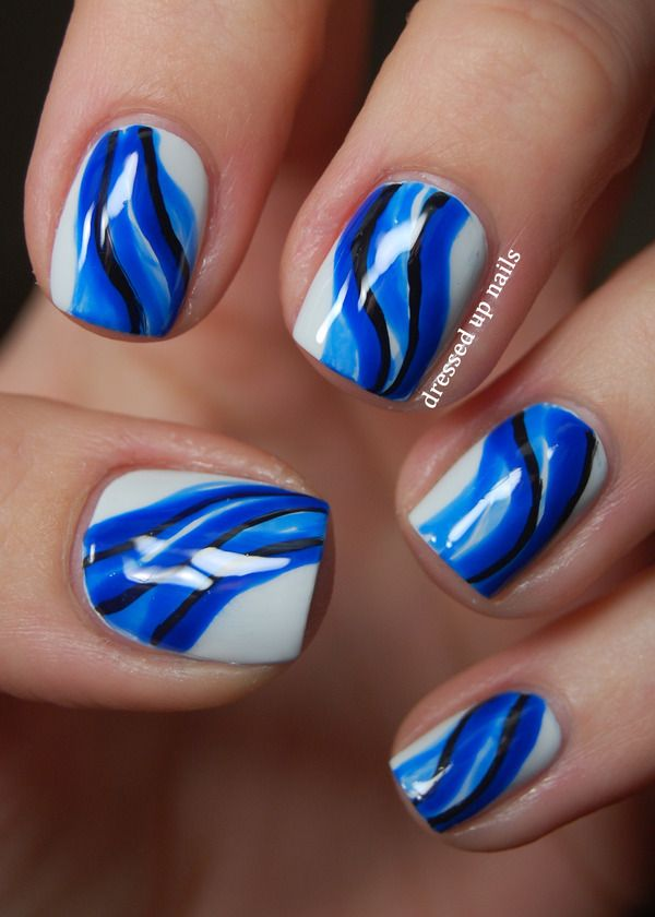 Minimalist abstract water nail art using OPI My Boyfriend Scales Walls and  China Glaze Ride the Waves Blue white black - Best 25+ Wave Nails Ideas Only On Pinterest Nail Stuff, Water
