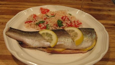 Baked Rainbow Trout Recipe, Rainbow Trout Recipe, How To Clean Trout, Trout Recipes, Fish Recipes