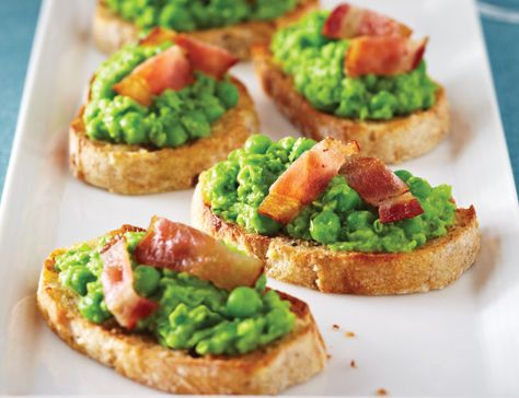 Bacon-Topped Pea & Mint Crostini It's a bacon salad!