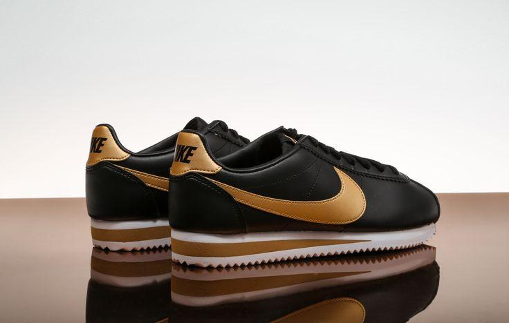 Nike Cortez since '72 Las Nike Cortez se lanzaron al mercado para dar a los atletas más comodidad y ligereza⚡️,gracias a su éxito la Cortez marcó un antes y un después en la historia de la marca.Pásate por una de nuestras tiendas Zapatos Mayka y ¡hazte con ellas!