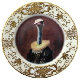 Fab upcycled Antique Plate Art.  How fab will it look on the wall or along a dresser!