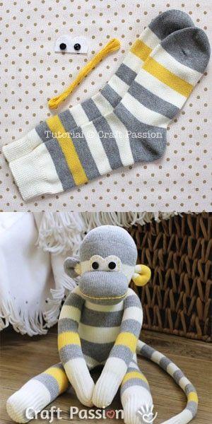 Sock monkey: knuffelaap van sokken