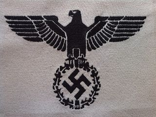 REICHSADLER NAZI EAGLE SWASTIKA INSIGNIA TABLECLOTH DOILY GERMAN WW2 PRICE $199