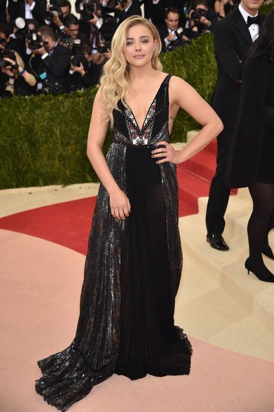 Chloe Grace Moretz: 'Manus x Machina: Fashion In An Age of Technology' Costume Institute Gala - Arrivals