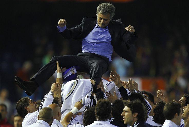 José Mourinho - Real Madrid v Barcelona - Copa del Rey Final