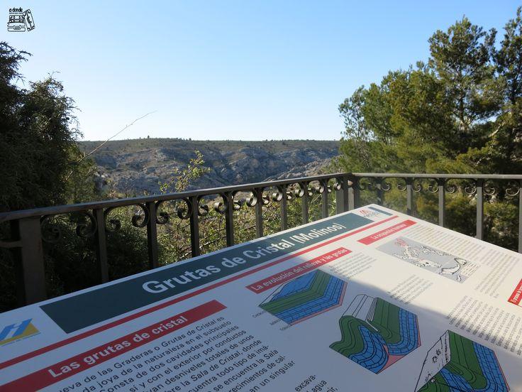 Viaje a la provincia de Teruel, con excursión a las Cuevas de Cristal de la localidad de Molinos. Fue una bonita excusa para acercarnos un poco más a la espeleología.