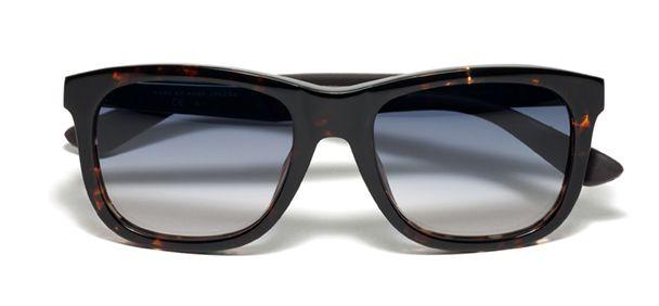 Gafas de sol Marc by Marc Jacobs 257532 Las gafas de sol de hombre de Marc by Marc Jacobs 257532 ofrecen máxima protección contra los rayos UV. Pruébatelas en tu óptica #masvision más cercana #gafasdesol #sunglasses