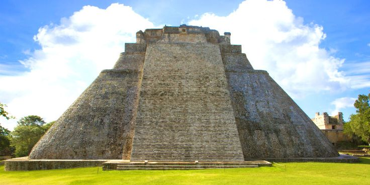 Le rovine Maya di Uxmal e la piramide dell'indovino, Yucatán