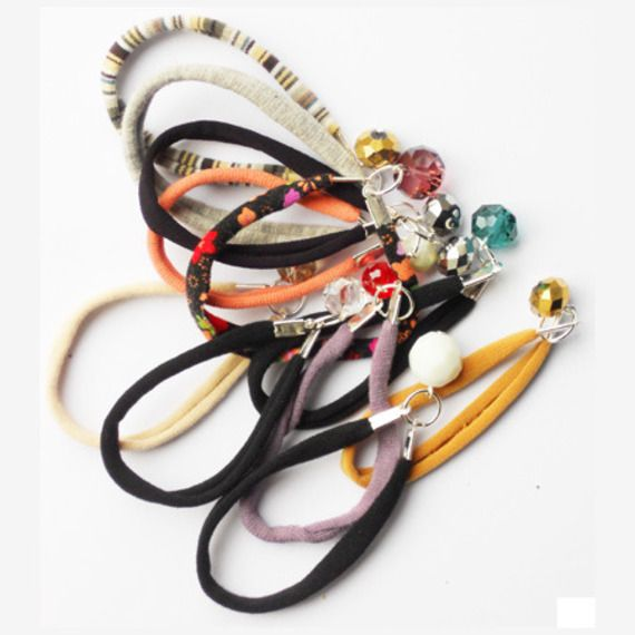 For people we love! Braccialetti dell'amicizia con charms = friendship bracelets with charms
