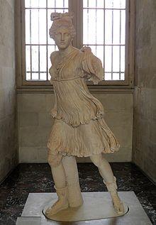 """Artemis – Wikipedia """"Artemis (griechisch Ἄρτεμις) ist in der griechischen Mythologie die Göttin der Jagd, des Waldes, des Mondes und die Hüterin der Frauen und Kinder. Sie zählt zu den zwölf großen olympischen Göttern und ist damit eine der wichtigsten Gottheiten der griechischen Mythologie."""" #Artemisia"""