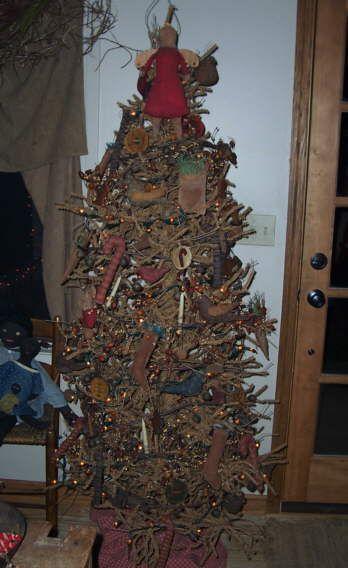 498 best Primitive Christmas images on Pinterest Country christmas - primitive christmas decorations