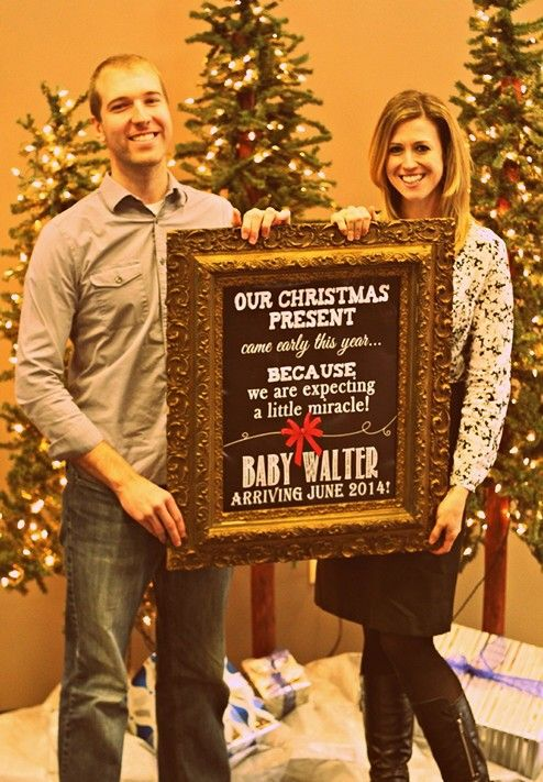 Christmas pregnancy announcement. (Picture custom made & purchased on Etsy by FoxyCoutureDesigns)