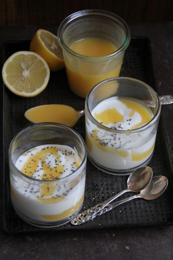 Yoghurt & hjemmelagd lemon curd - Mat på bordet