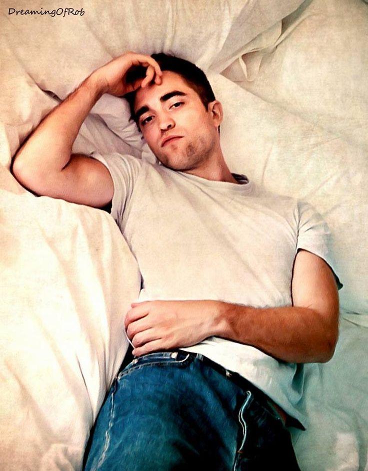 Robert Pattinson mmmmm