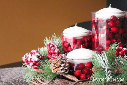 Klasszikus piros karácsonyi asztalterítési ötletek