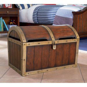 What an awesome pirate chest to store my son's pirate pillows and blankets! #PrimroseReadingCorner