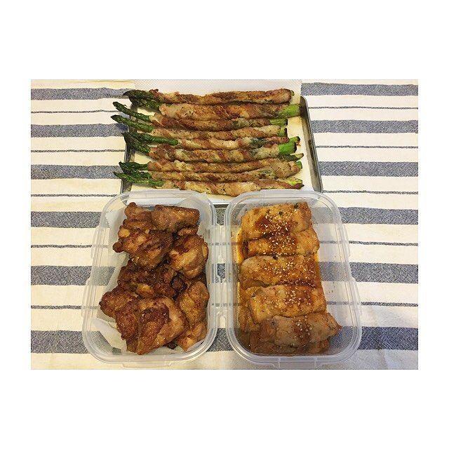 5月4週目🗓 #つくおき ・ ・ お肉のおかず編😋 ・ ・ *アスパラの豚バラ巻き *にんにく生姜の唐揚げ *ぴり辛厚揚げの豚肉巻き ・ ・ #作り置き #ごはん #お家ごはん #常備菜 #肉 #野菜 #主食 #副菜 #主菜 #お弁当 #料理 #supper #dinner #meal #lunch #vegetables #meat #instacook #instafood #instagood #japanese #food #love #eating #yammy #hungry #allday #l4l #l4f