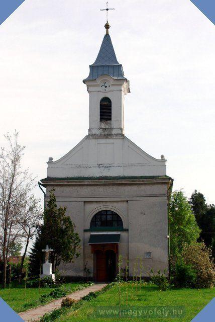 Tass Római Katolikus Templom