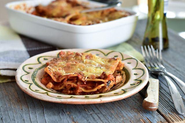 Fitt fazék kultúrblog : Lasagne extra paradicsommal és 'sajttal' (vegan).