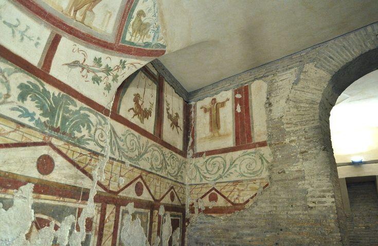Casa romana del Celio. Basilica dei Santi Giovanni e Paolo, Roma. Gli affreschi del II-IV secolo. Foto di Pavel Otdelnov