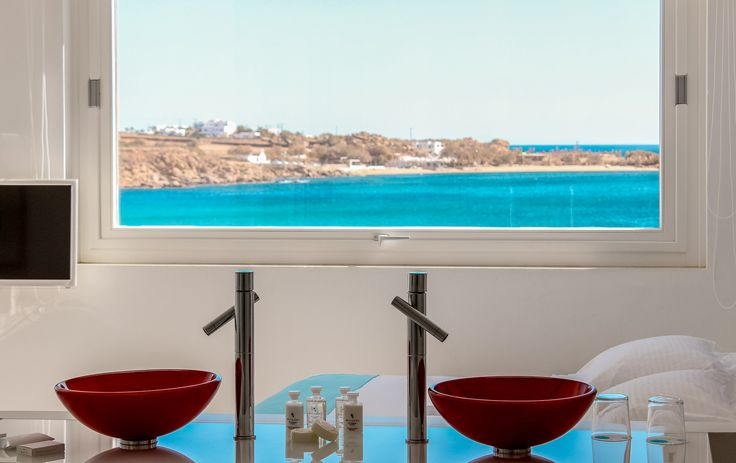 Experience the utmost accommodation in the Petasos Beach Resort & Spa Roof Top Luxury Villa. Featuring 100% privacy, ultimate sea view and isolated roof top! https://www.petasos.gr/accommodation/suites/#roof-top-villa  #PetasosBeach #Mykonos #PlatisGialos #Petasos #Beach #Summer2017 #Summer #SummerHolidays #SummerVacation