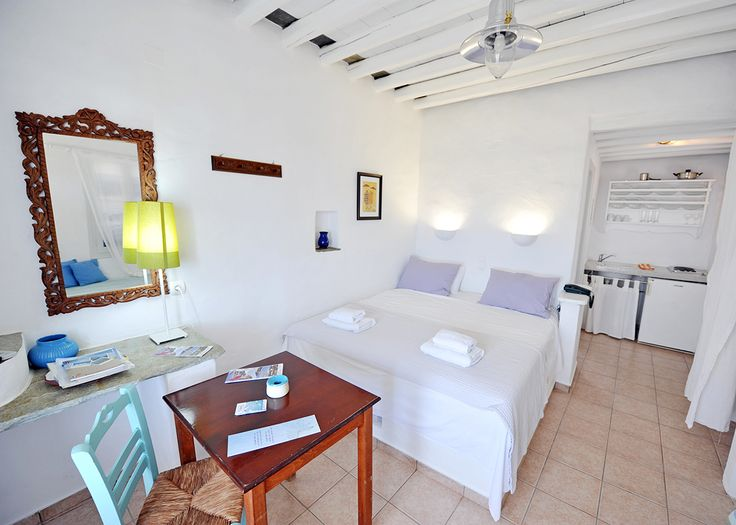 Room 1 #windmillbellavista #sifnos #cycladed #greece -- Bright and white and spacious--