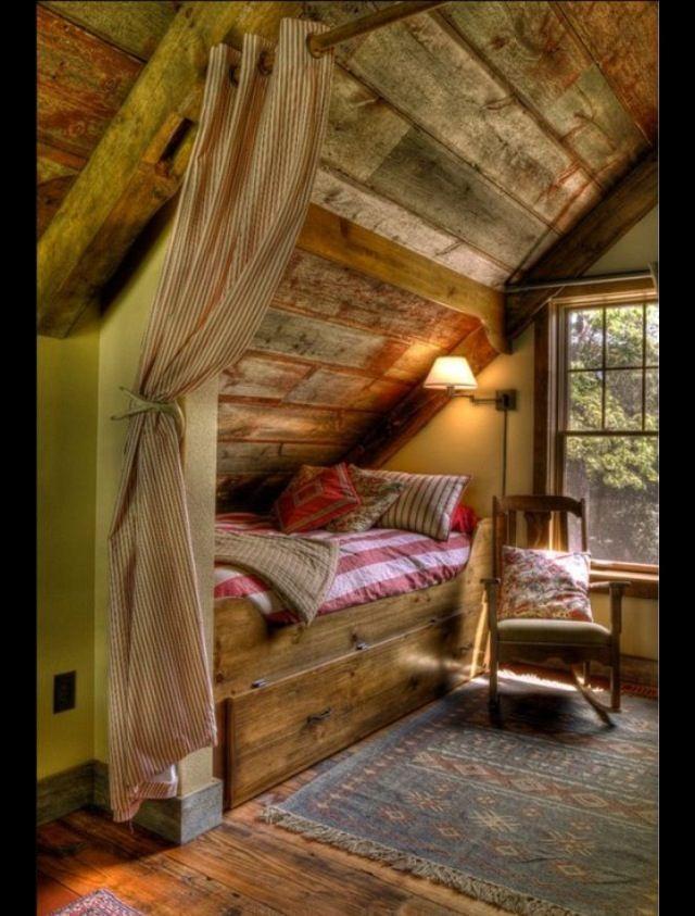 hinterm bett brett zum aufklappen anbringen f r bettzeug dach schlafzimmer trautes heim. Black Bedroom Furniture Sets. Home Design Ideas