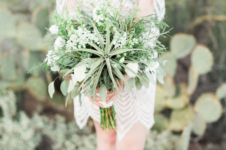desert airplant bouquet  | Alexis Grace Florals | Betsy and John