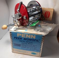 MINT Vintage PENN REELS Peer 209 Conventional Fishing Reel Box & More Excellent