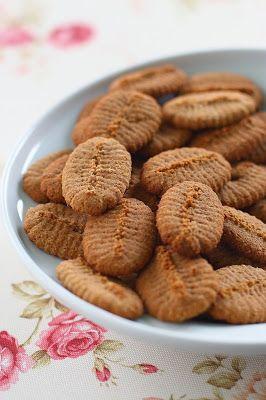 TücsökBogár konyhája: Kinyomós keksz (paleo)