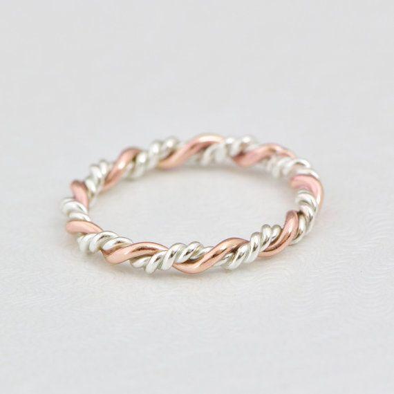Rose Gold Twist Ring Gold Stack Ring par TheJewelryGirlsPlace