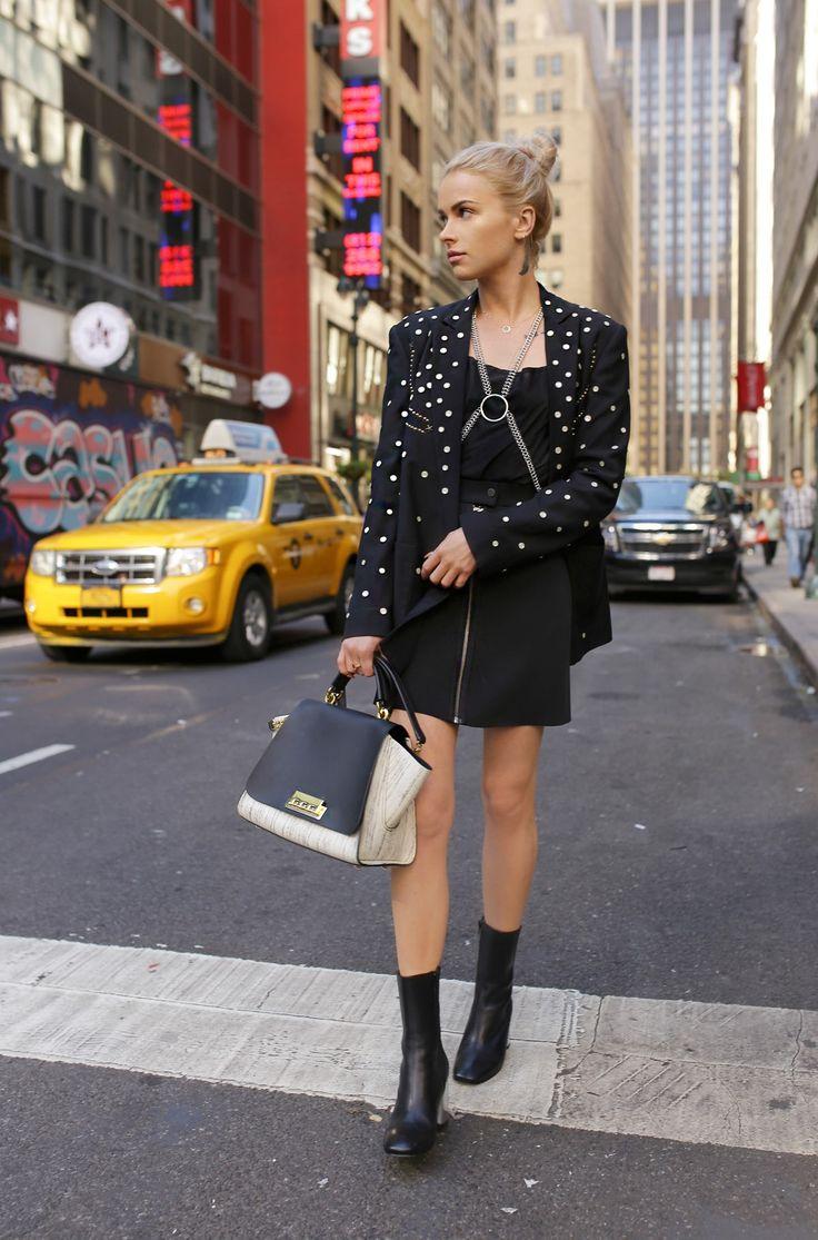 shoes  miista / blazer #uniqueTopShop #secondhand / #vintage Versace skirt / bag #Zaczacposen /  body chain TopShop