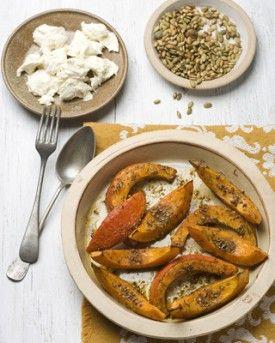 Gebakken pompoen met buffelmozzarella - Recepten - Culinair - KnackWeekend.be