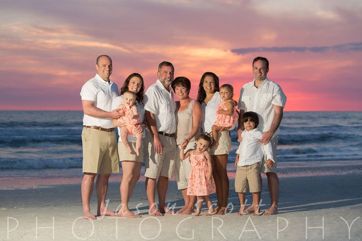 Family Beach Portraits on Siesta Key, Longboat Key, Englewood Beach, Venice Beac… – Jason Scott Photography