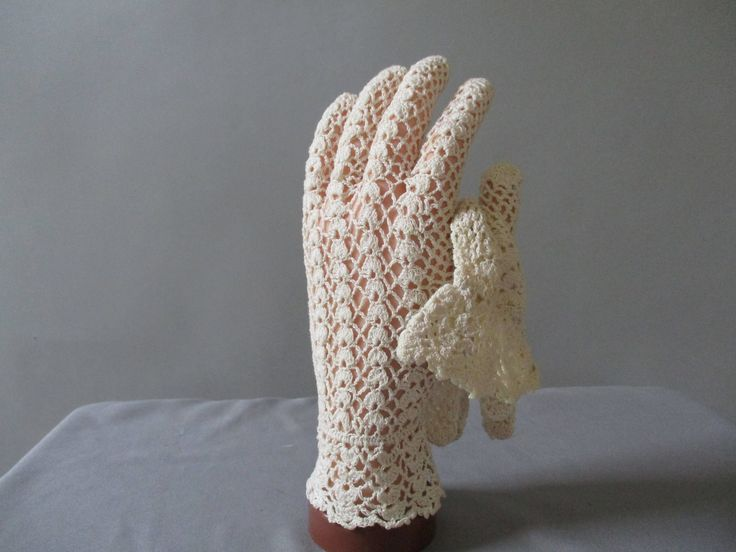 Vintage Crochet Gloves - Over Wrist Gloves - 50s Beige Gloves - Size 6.5 7  - Bridal Wedding - Prom - Downton Abbey by LadyScarlettsVintage on Etsy