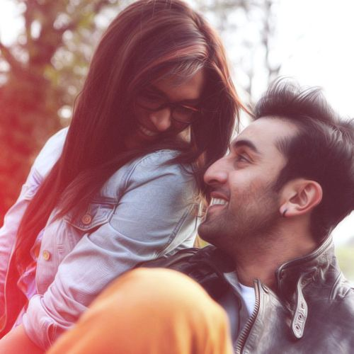 Deepika Padukone and Ranbir Kapoor- love and adore this picture so much ;)