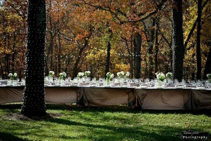 Outdoor wedding reception. Skelly Lodge, Catoosa, OK