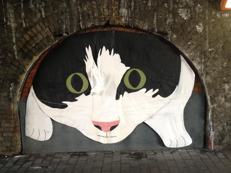 Cat. London, SE1