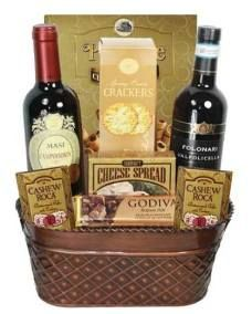 Wine Duet Gourmet Holiday Gift Basket - Free delivery in Canada