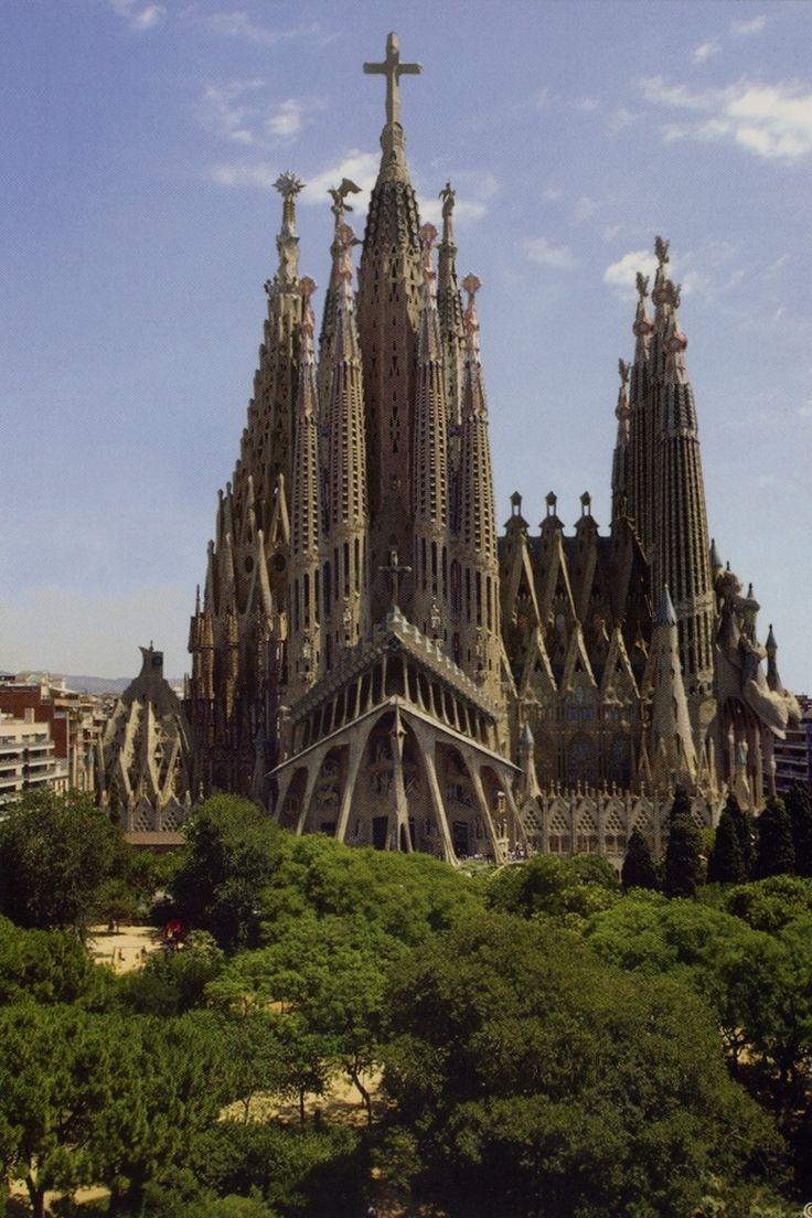Templo de la Sagrada Familia, Barcelona, Spain http://www.100placestovisit.com/barcelona-spain-europe