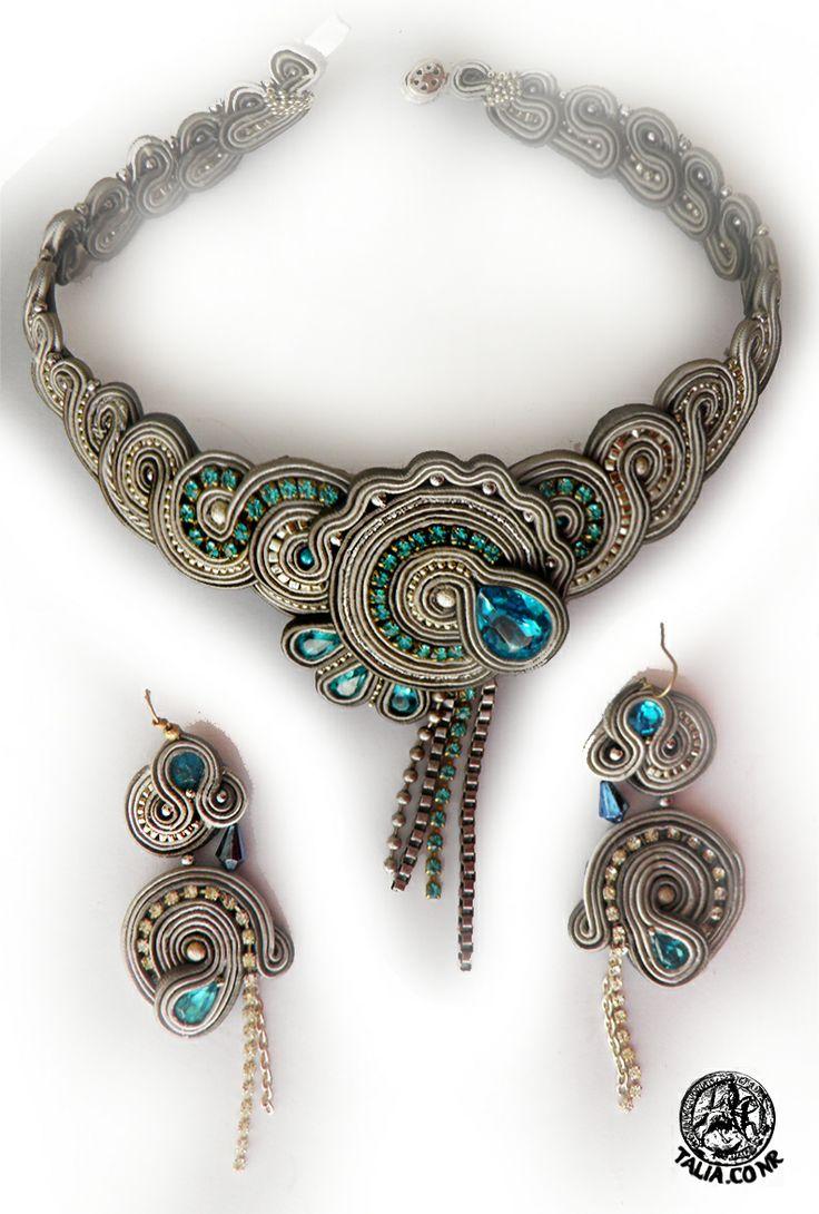 Necklace  earrings in GrayBlue