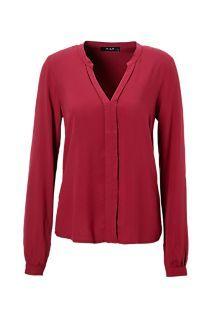 Ook deze kleur kun je goed dragen vermoed ik. mooi onder donkerblauw jasje, met strakke lichtere tint blauwe broek.