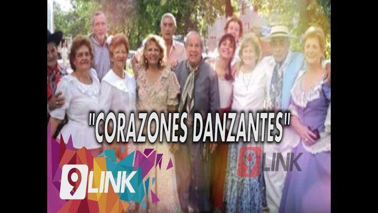 """""""CORAZONES DANZANTES""""  JÓVENES DE LA TERCERA EDAD GRUPO DE MÁS DE 40 INTEGRANTES DE LA TERCERA EDAD SE REÚNEN A ENSAYAR TODOS LOS DÍAS EN EL CASA DE CULTURA. COMENTAN SOBRE ESTA ACTIVIDAD. EVA BOJIN - BAILARINA JUBILADA. #9LINK"""